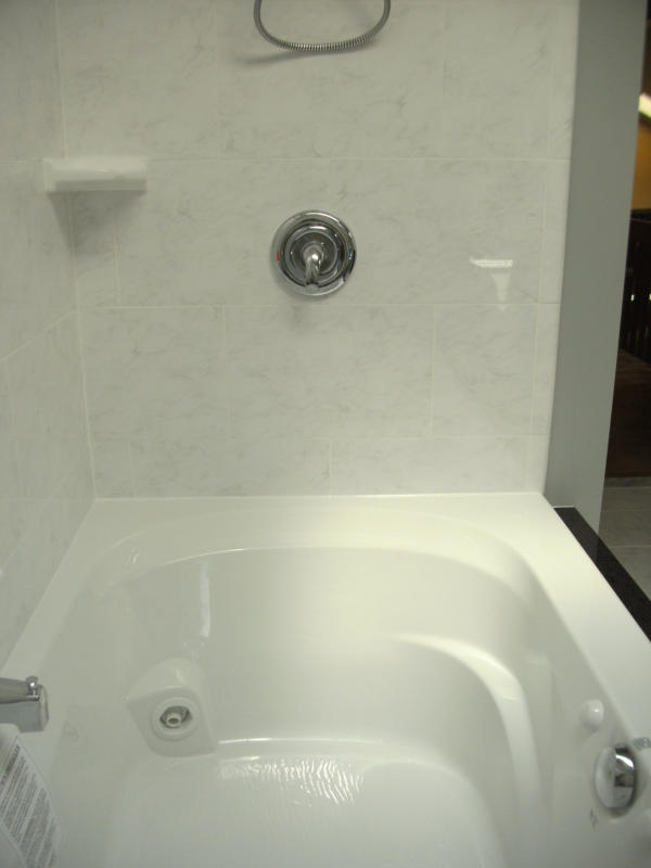 Jetted Whirl Pool Tub | Ferndale Bathroom Remodel